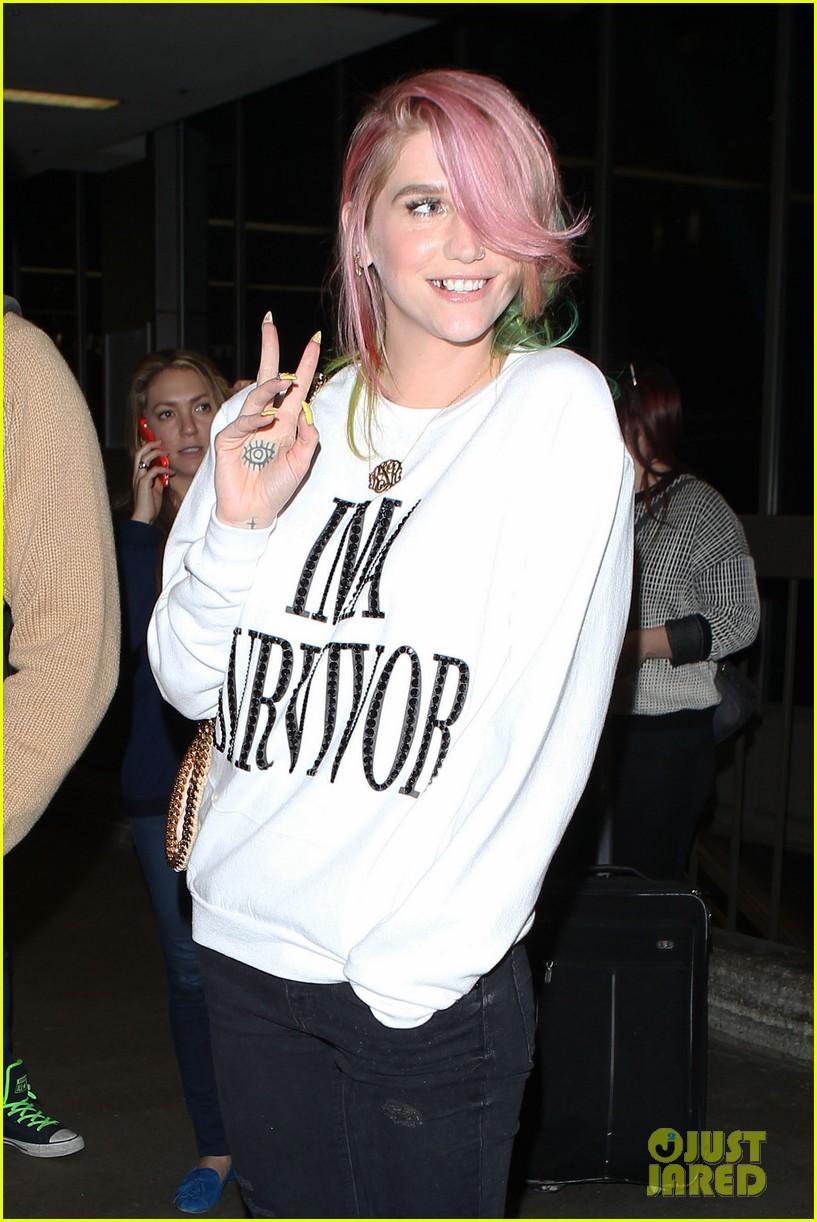 kesha steps out with rainbow hair rehab 06