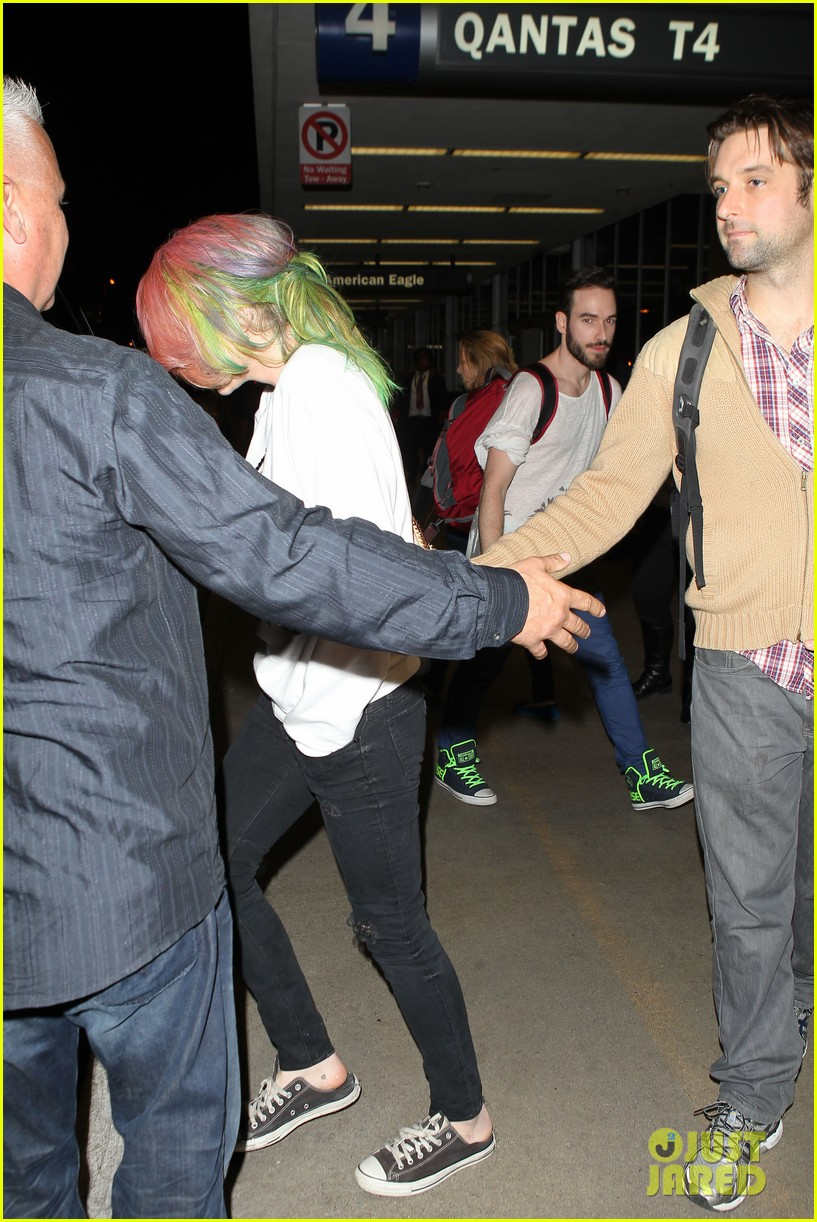 kesha steps out with rainbow hair rehab 223067599