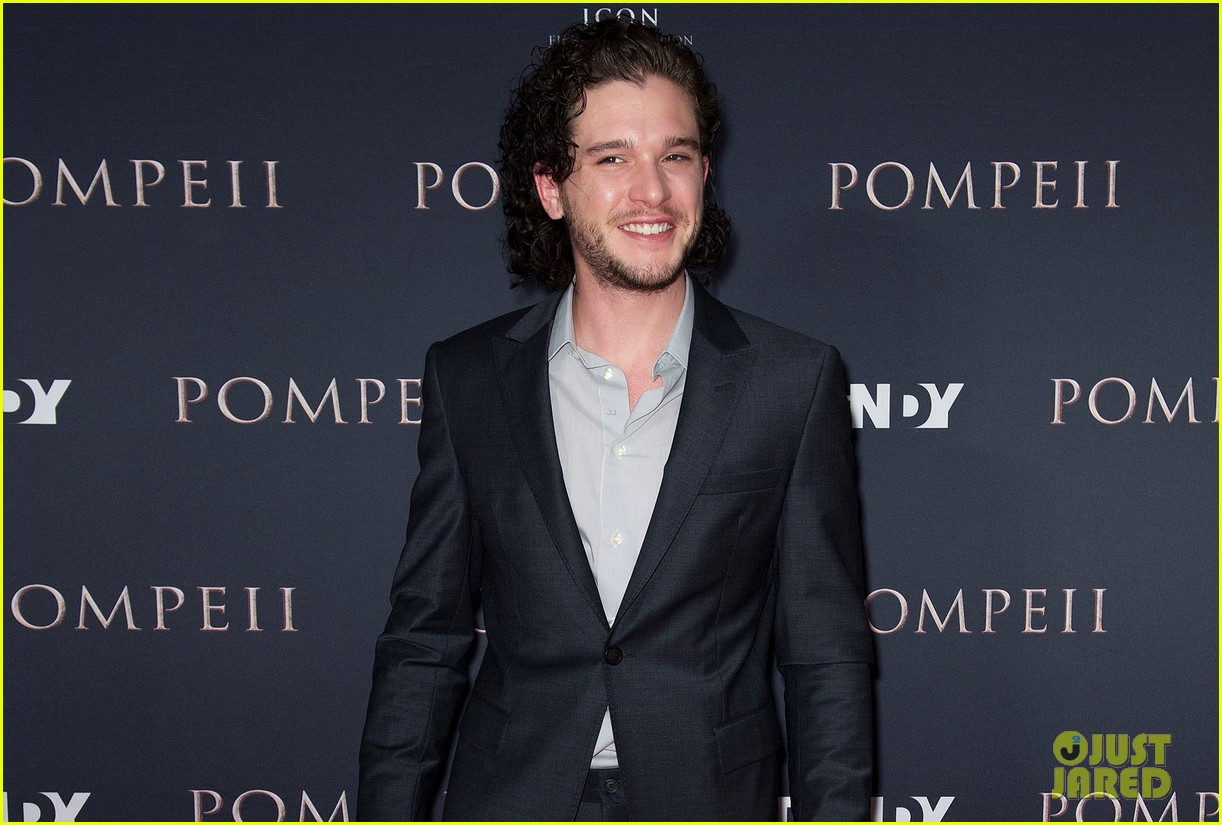 kit harington nicolaj coster waldau make us swoon at pompeii sydney premiere 023067030