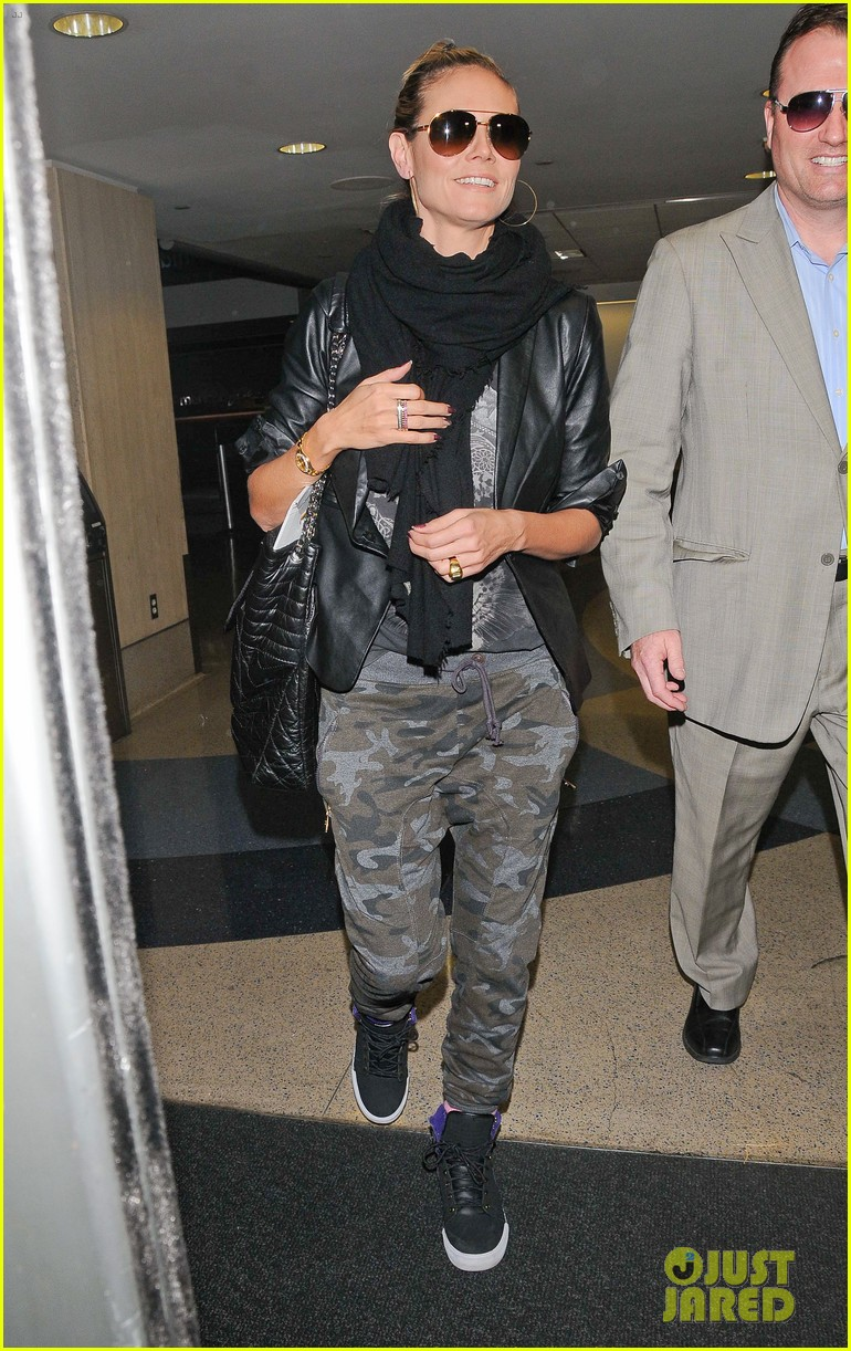 heidi klum cant hide good looks camouflage 063074943