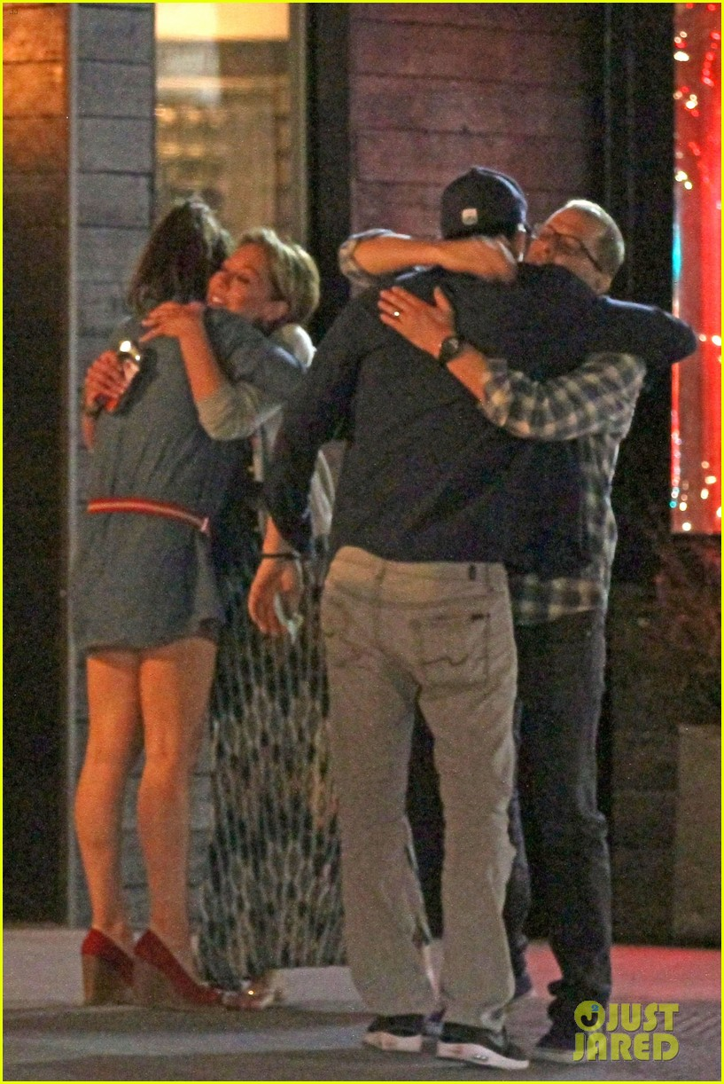 mila kunis ashton kutcher studio city double date 09