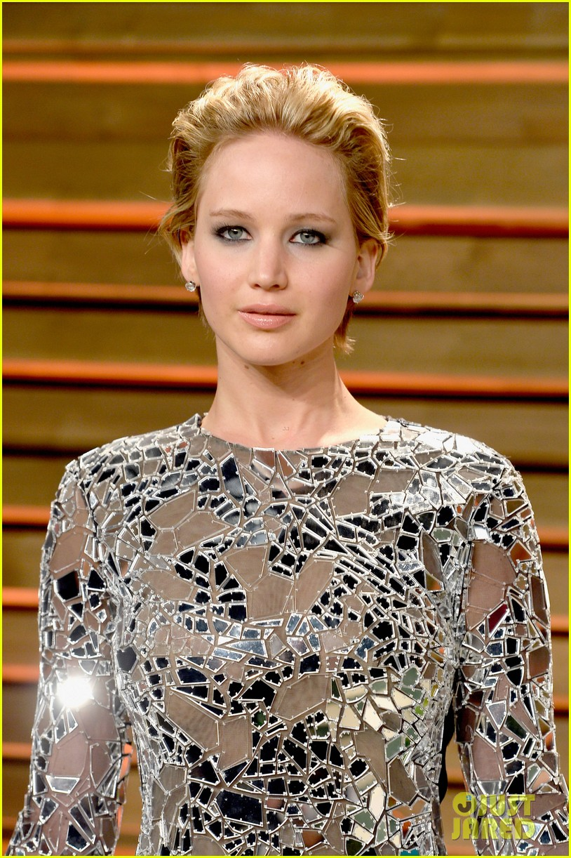 jennifer lawrence vanity fair oscars party 2014 083064518