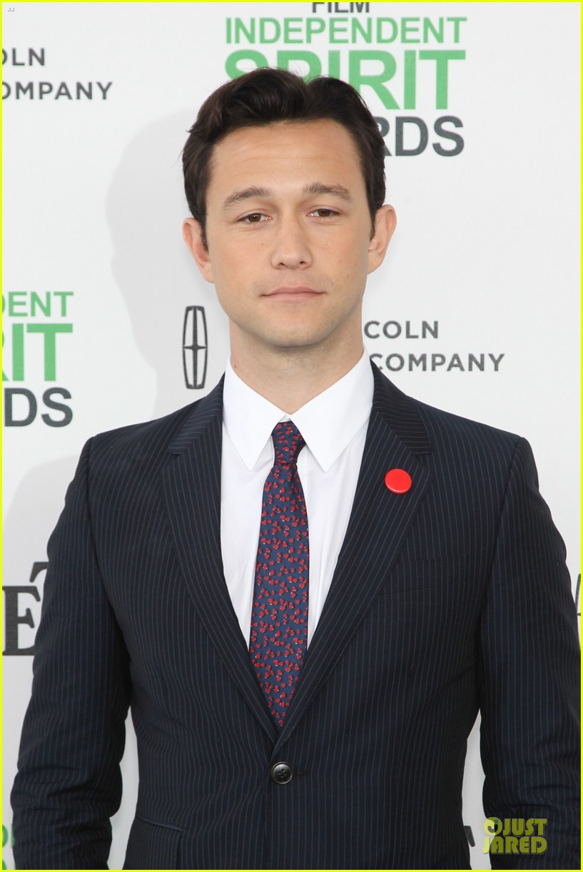 joseph gordon levitt michael sheen man power at independent spirit awards 2014 02