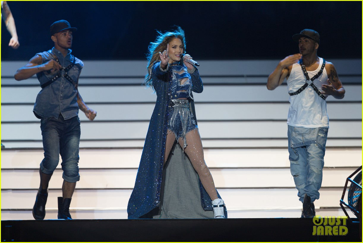 jennifer lopez dubai concert photos 233081534