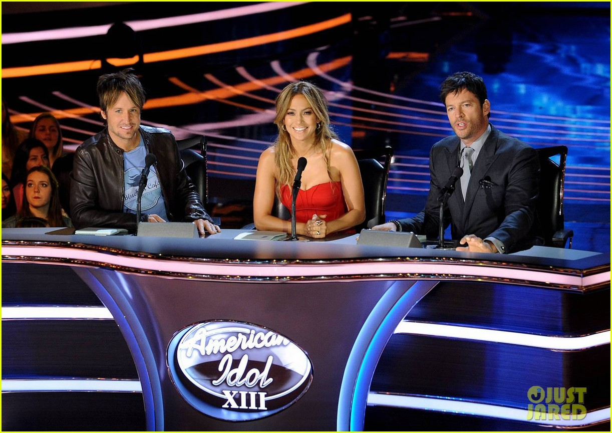 jennifer lopez is red hot for american idol results show 04