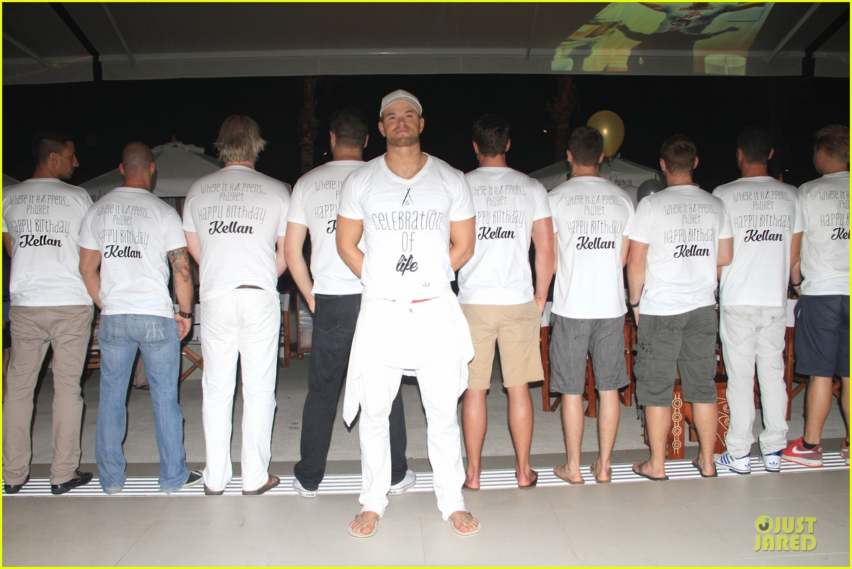 kellan lutz celebrates 29th birthday in thailand 01