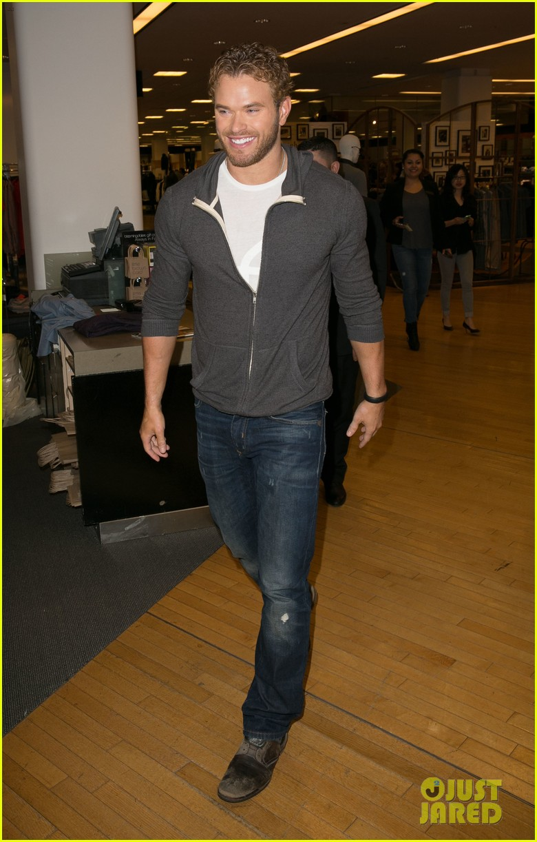 kellan lutz continues birthday celebrations abbot main 08