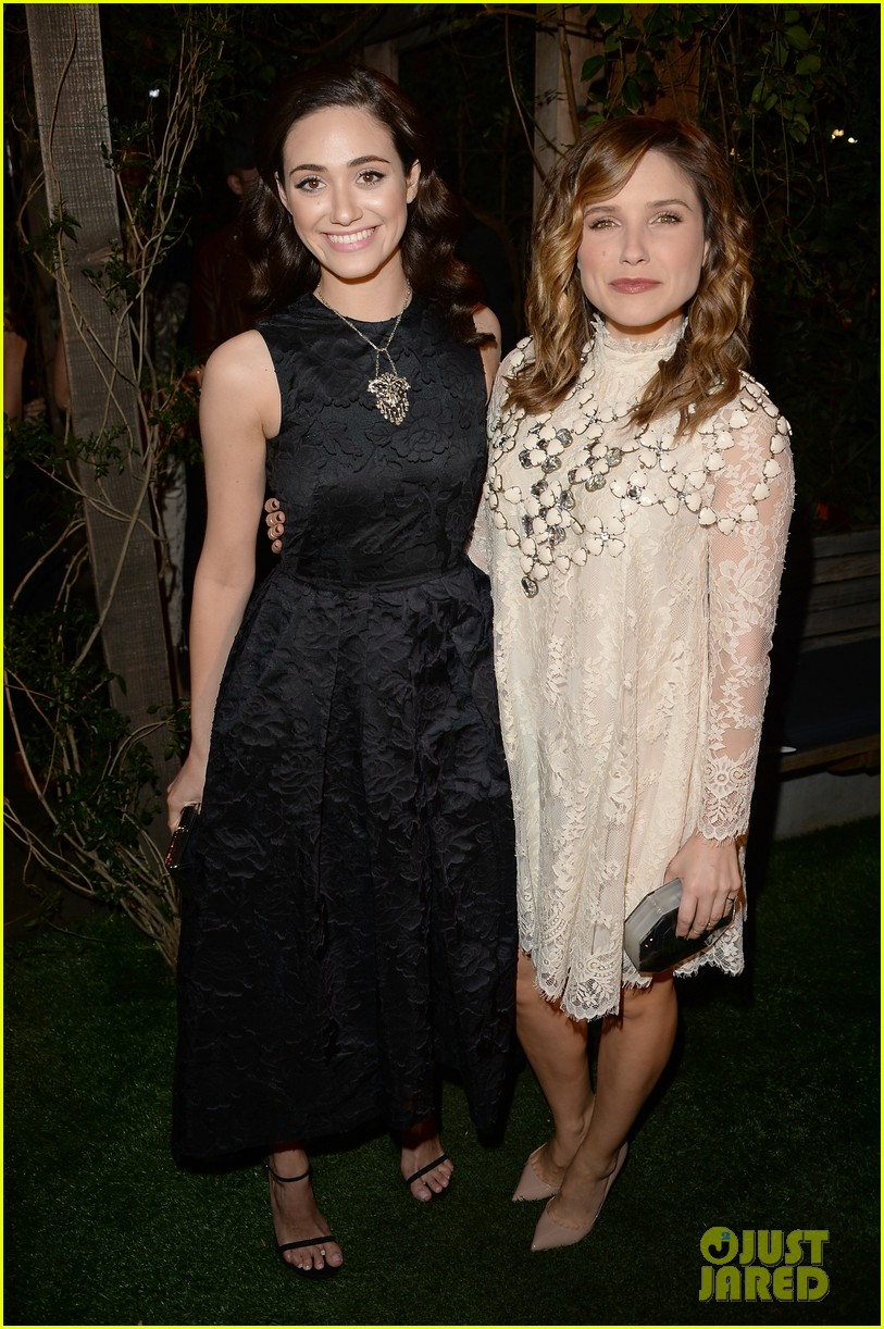 kate mara camilla belle hm conscious collection dinner 01