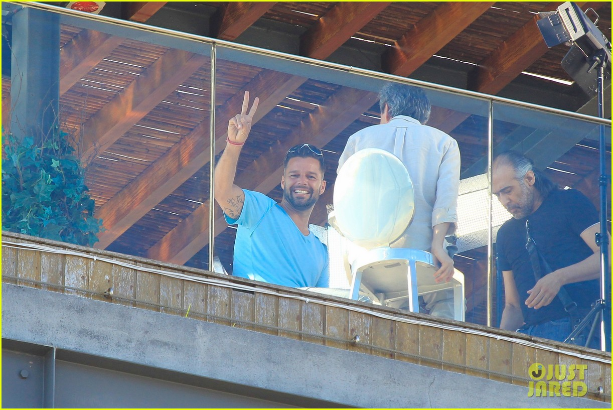 ricky martin films music video for world cup 313070341