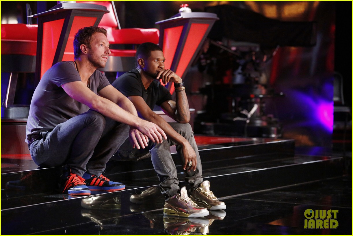 chris martin helps coaches on the voice 08