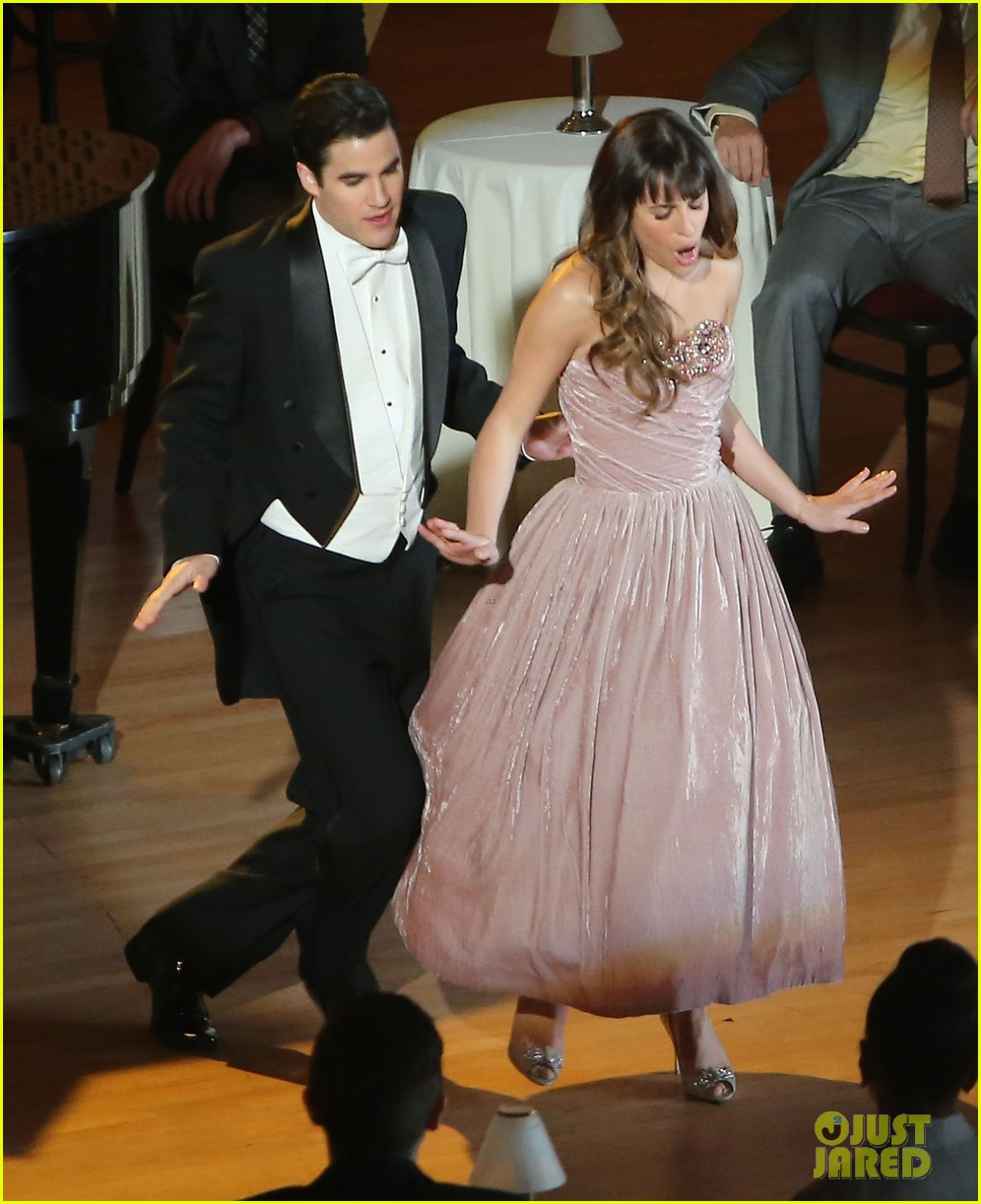 lea michele darren criss classic broadway number glee 113079880