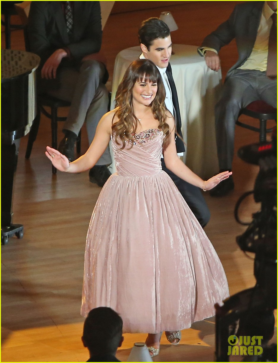 lea michele darren criss classic broadway number glee 13