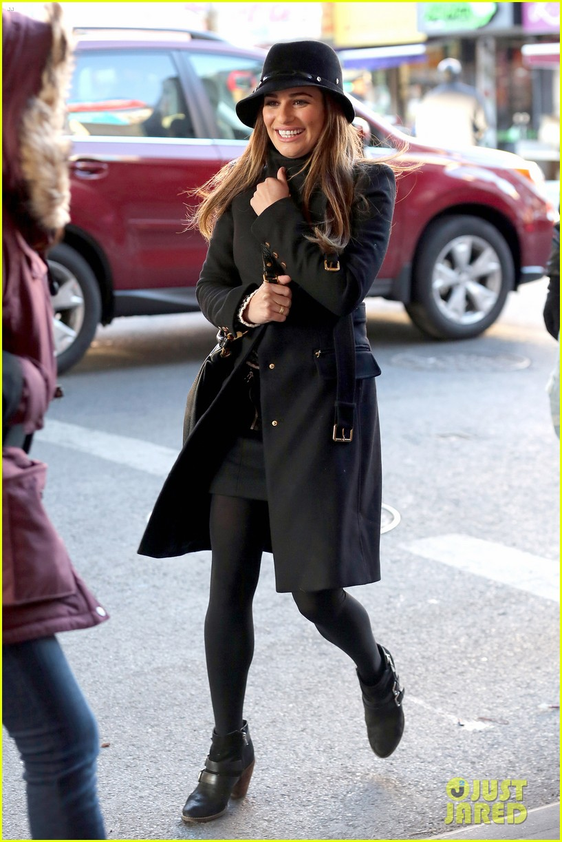 lea michele switches outfits around glee nyc 26