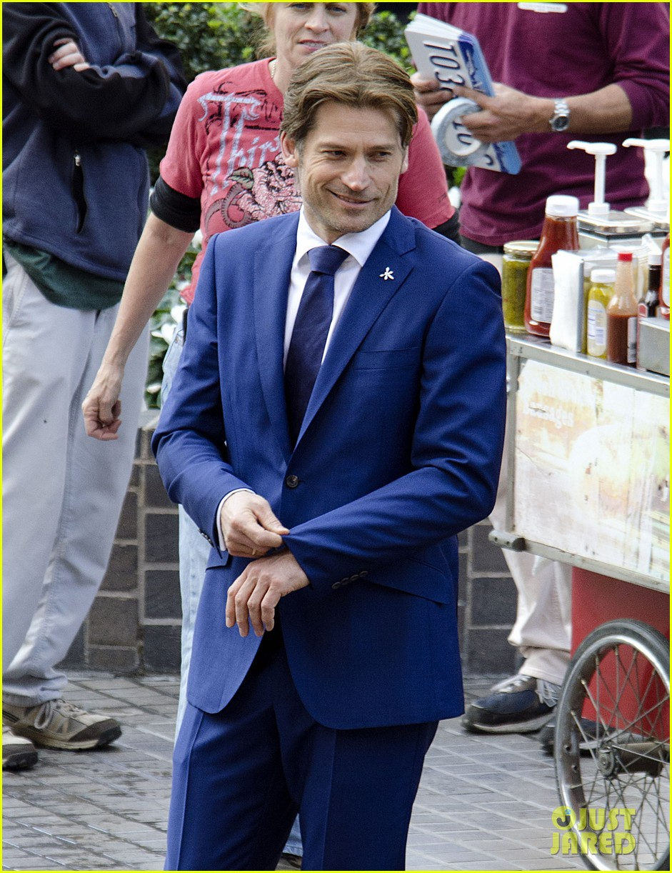 nikolaj coster waldau flexes his muscles for other woman reshoots 023063204