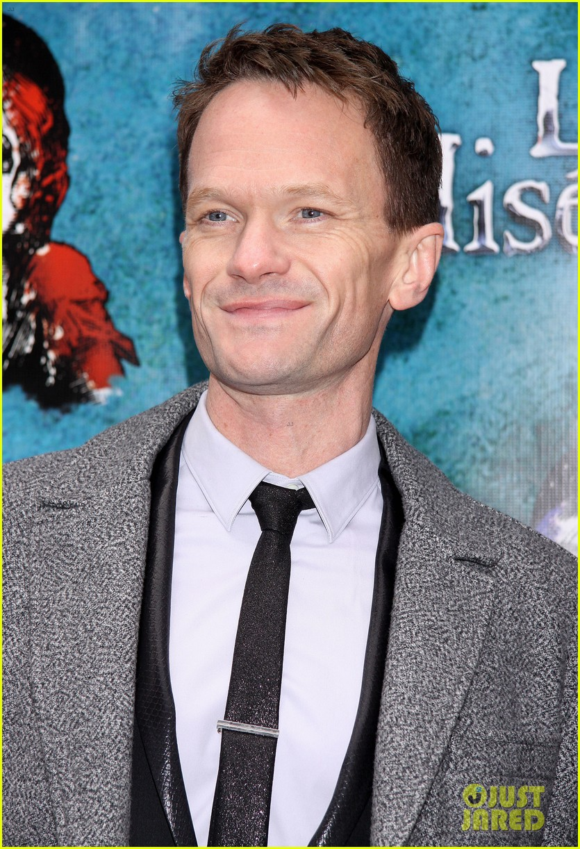 neil patrick harris celebrates les miserables miserables opening 06
