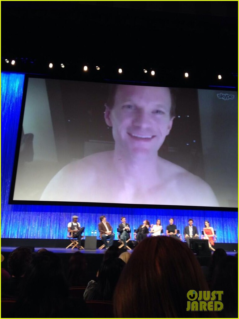 neil patrick harris skypes shirtless 02