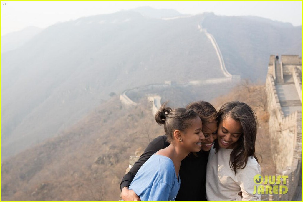 michelle obama great wall of china 033077235