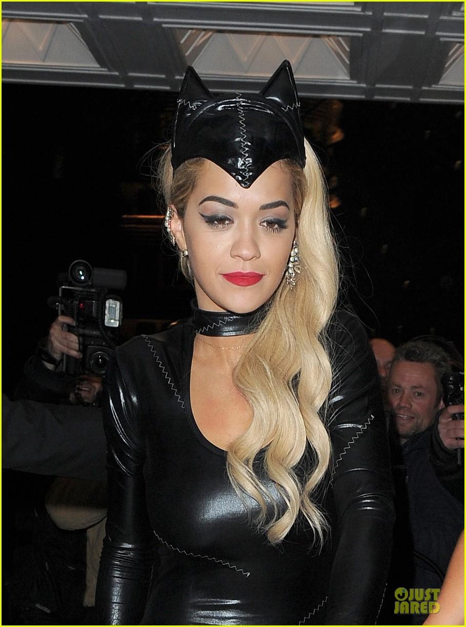 rita ora sexy catwoman in london 02