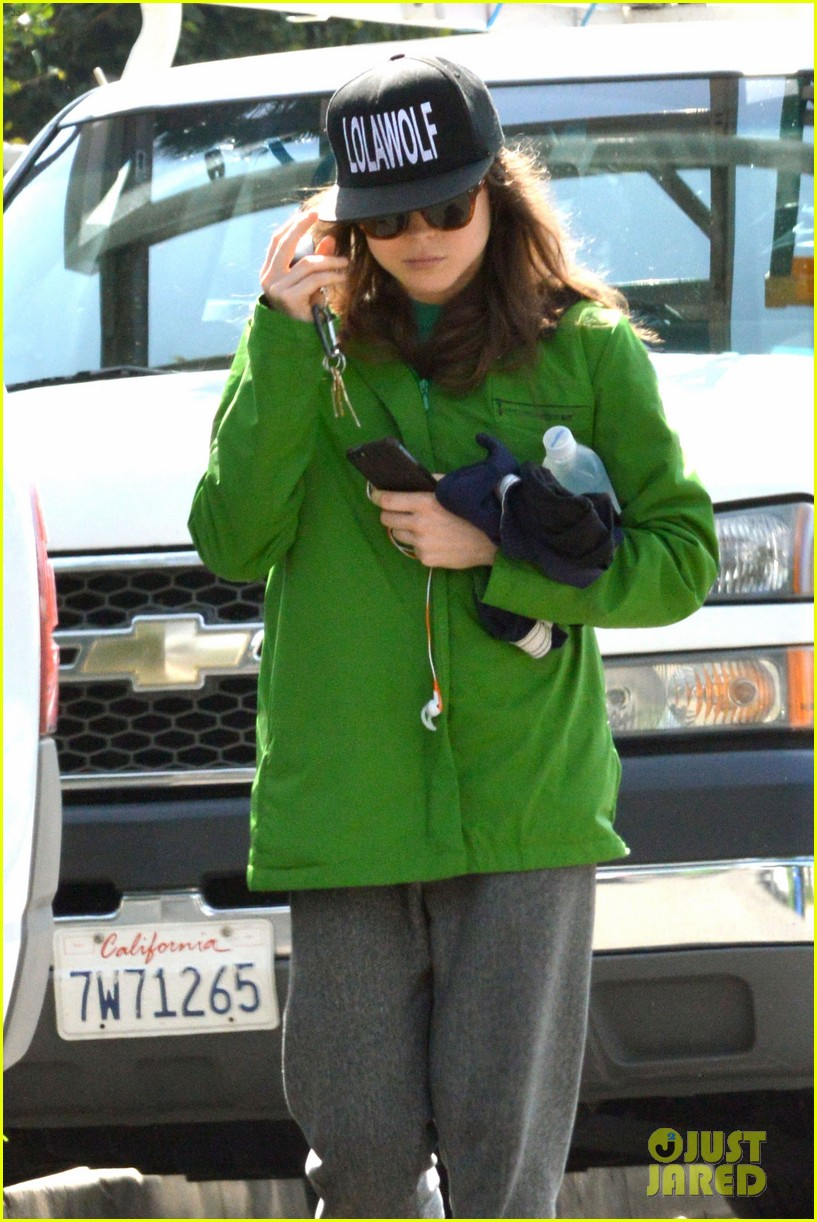 ellen page says she eats so she can poop 023067506