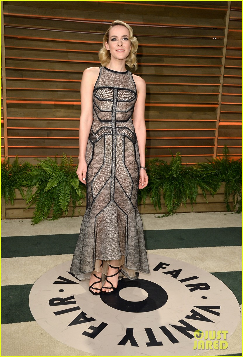 ellen page jena malone vanity fair oscars party 2014 093064856