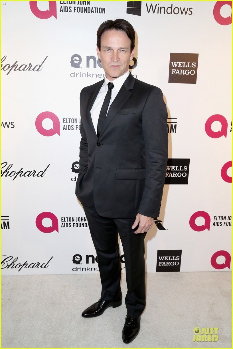 anna paquin stephen moyer elton john oscars party 2014 033064100