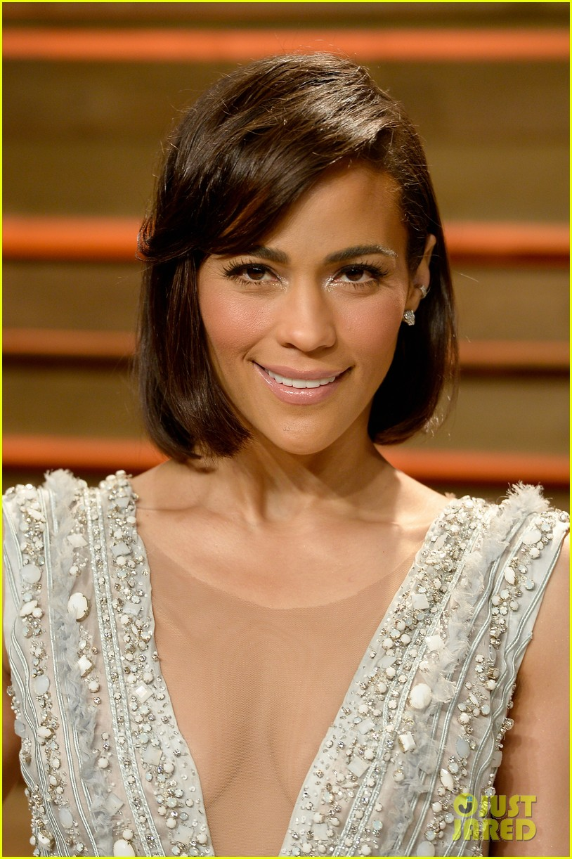 paula patton looks in great spirits at vanity fair oscars party 2014 013064484