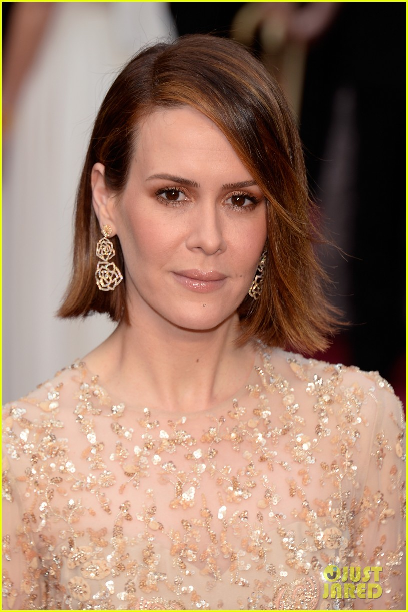 12 years a slaves sarah paulson oscars 2014 red carpet 043064078