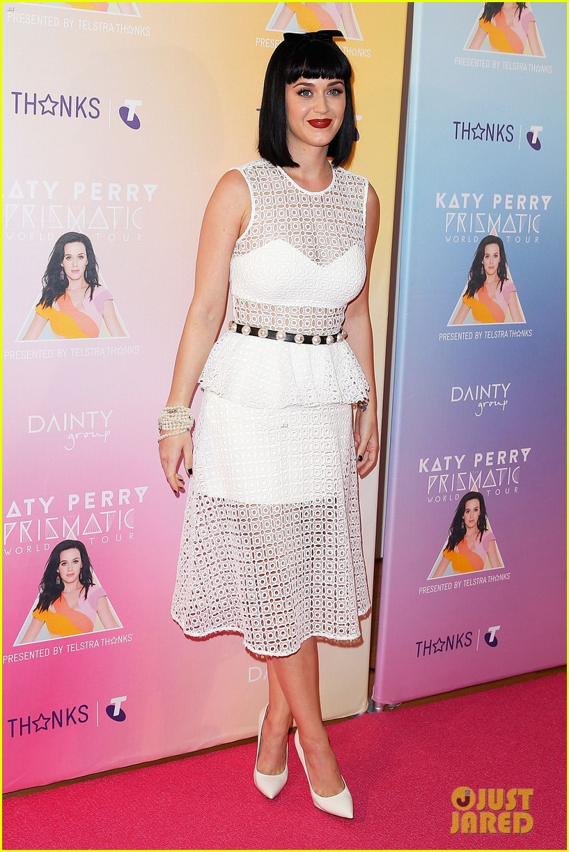 katy perry releases new dark horse remix for japan listen now 08
