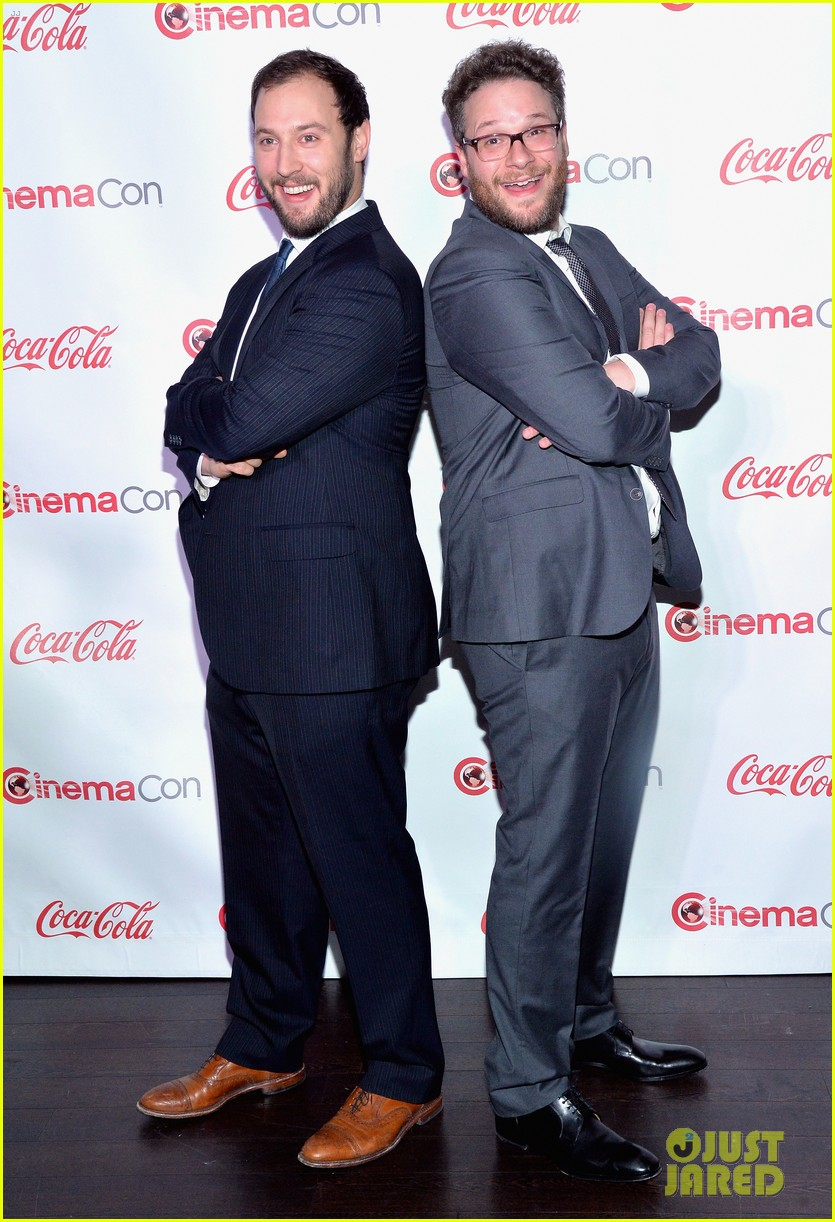 chris pratt seth rogen leslie mann cinemacon awards 19