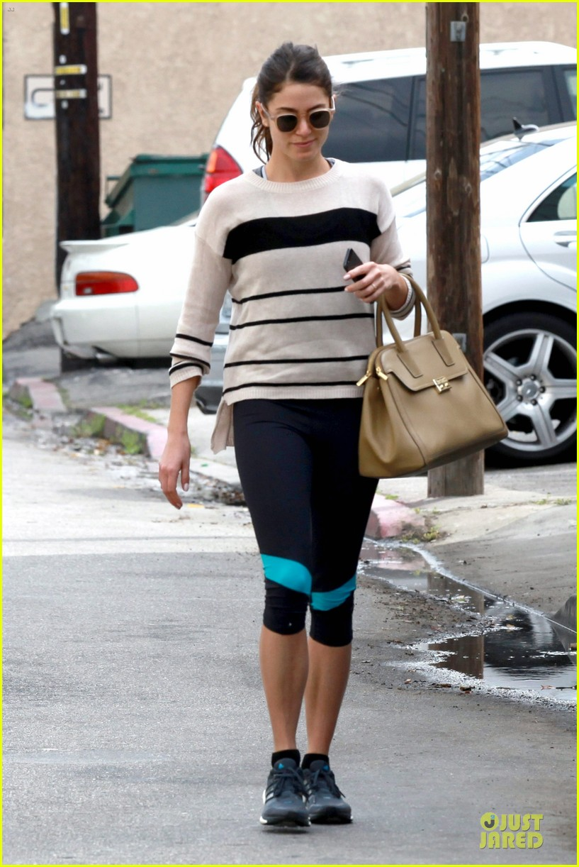 nikki reed perfect example of gym 12