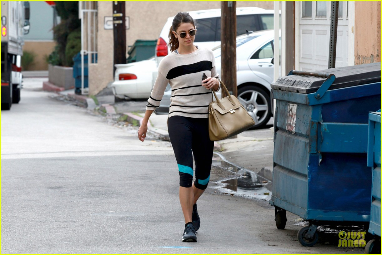 nikki reed perfect example of gym 133076444