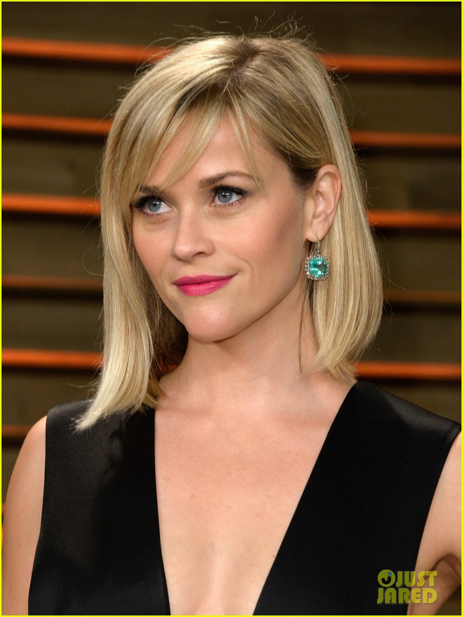 reese witherspoon vanity fair oscars party 2014 03