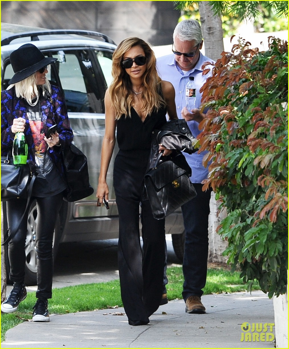 naya rivera ever so sexy in her black jumpsuit 053081685