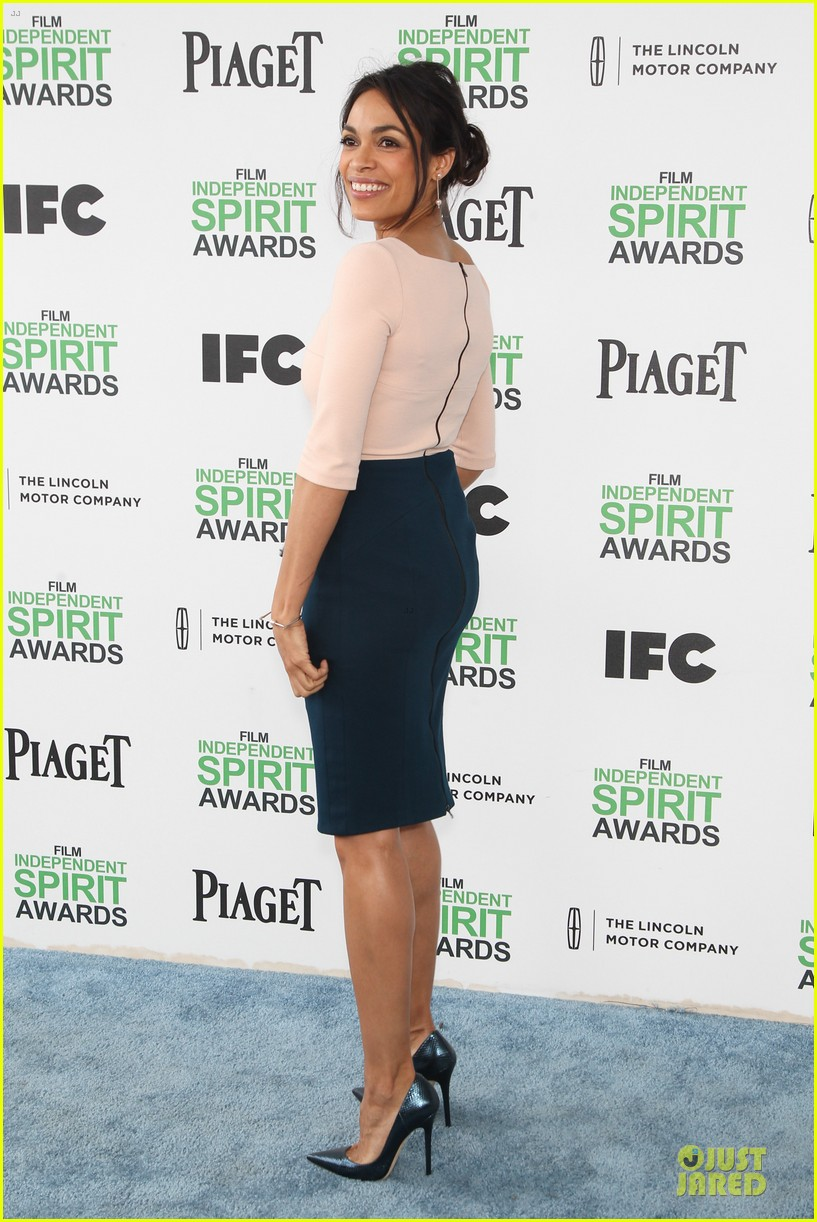 rosario dawson stunning presenters at independent spirit awards 2014 07