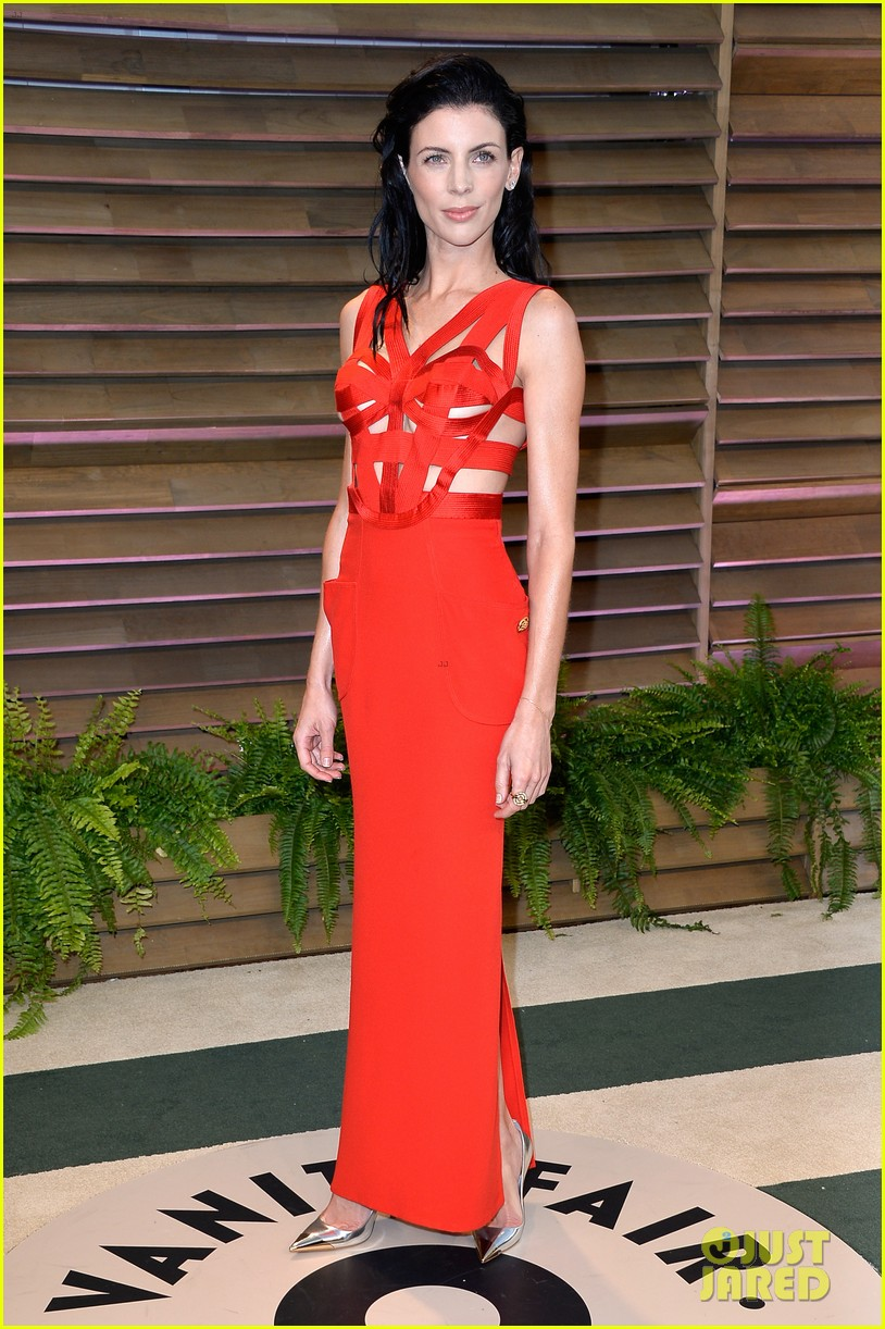 liberty ross vanity fair oscars party with boyfriend jimmy iovine 01