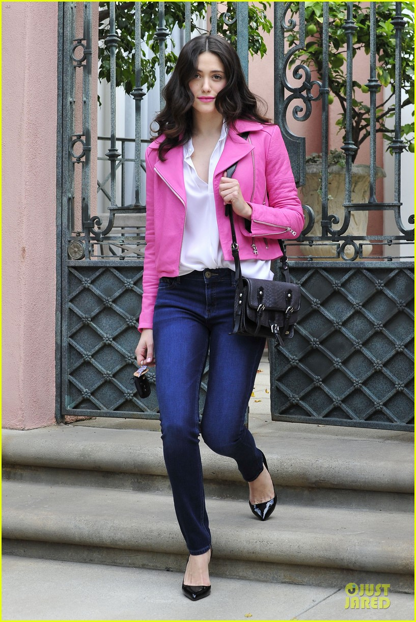 emmy rossum camilla belle love christian louboutin bags 05