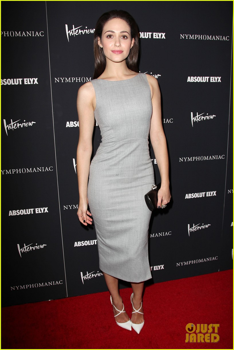 emmy rossum supports uma thurman nymphomaniac premiere 013071556