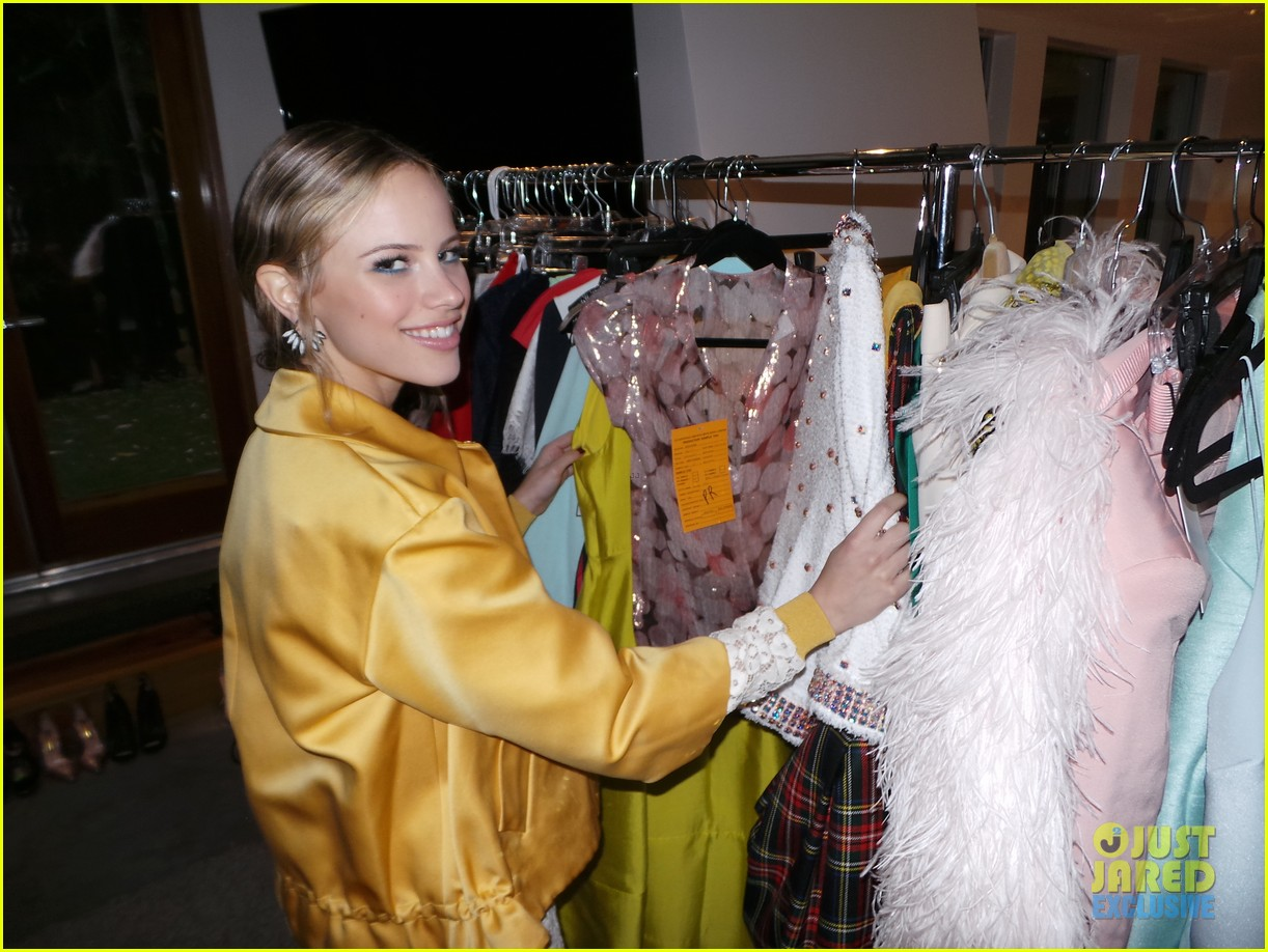 halston sage spotlight behind the scenes 04