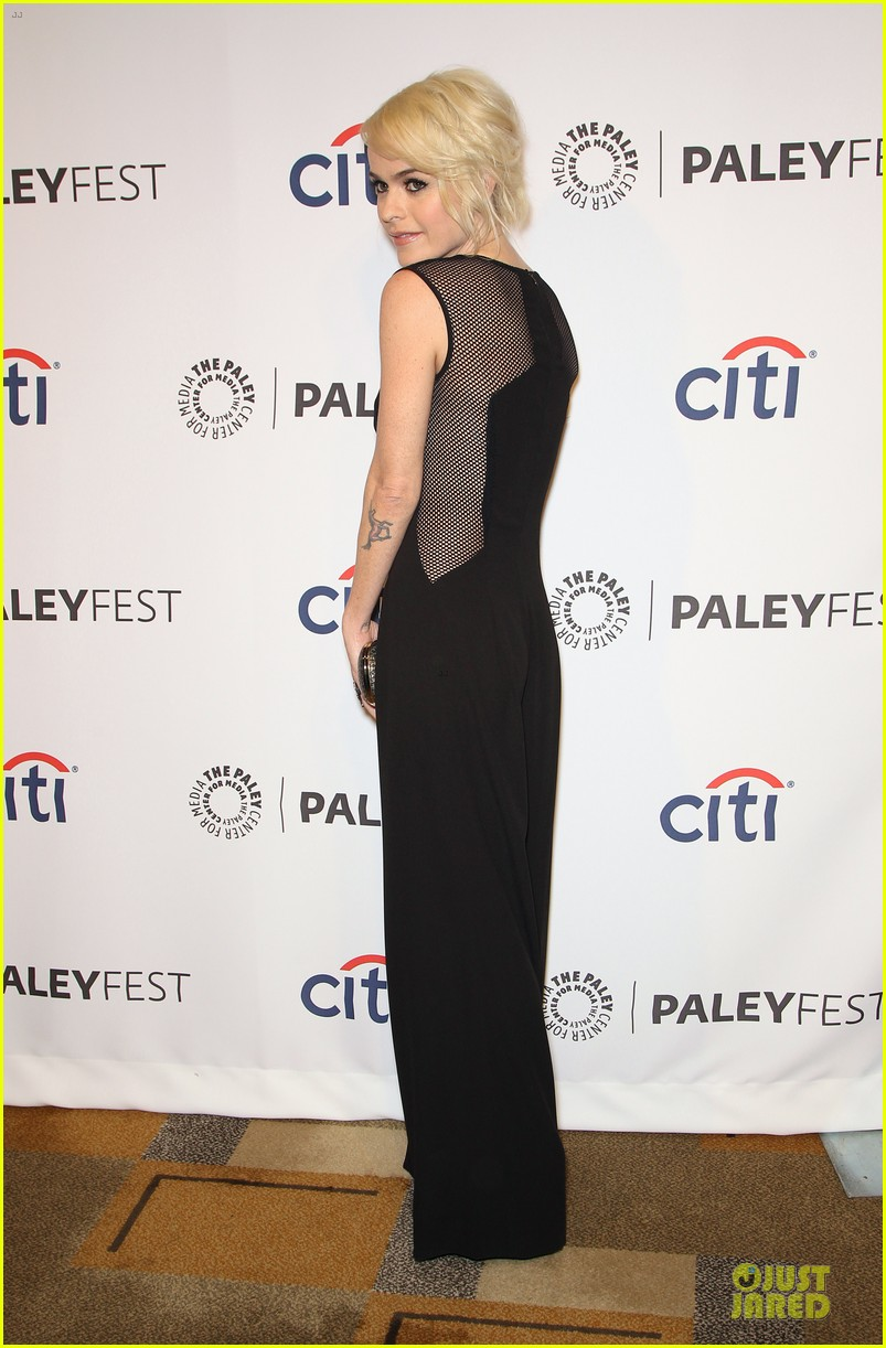 taylor schilling laura prepon orange is the new black paleyfest 273072409