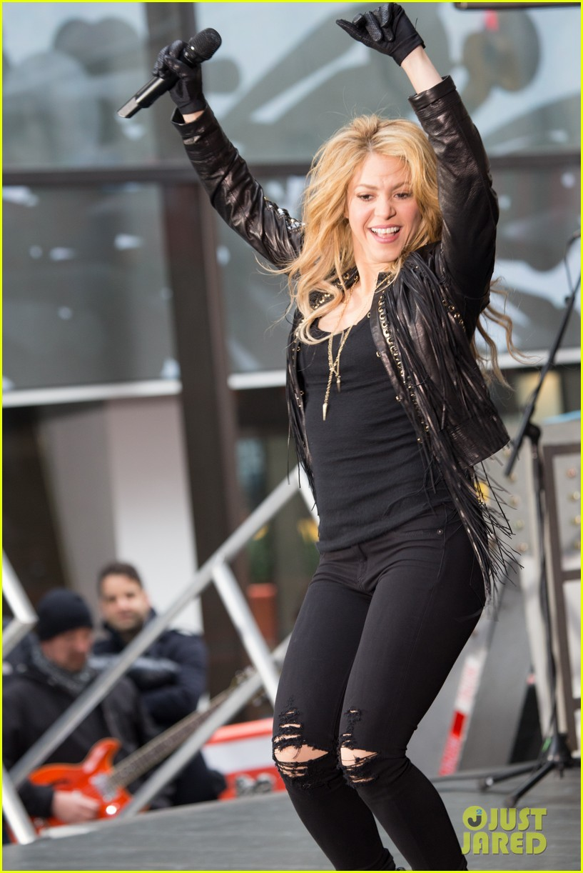 shakira brings the house down with hips dont lie empire on today show 01