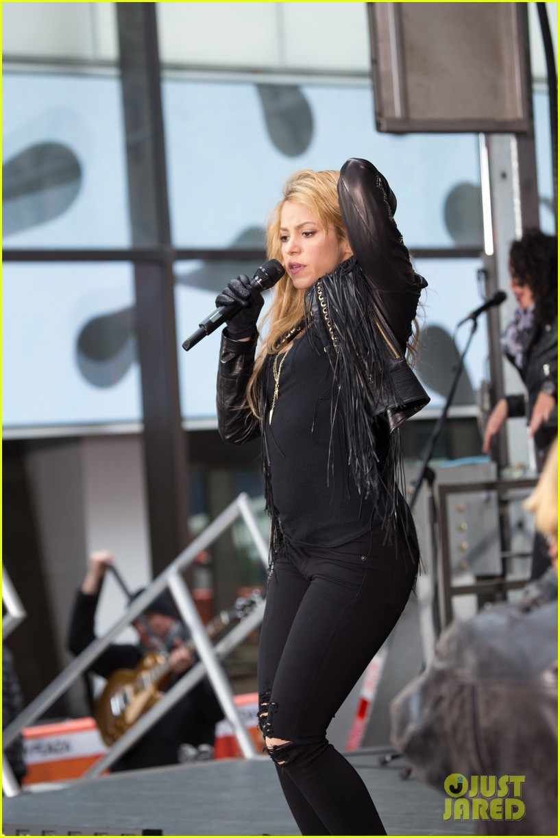 shakira brings the house down with hips dont lie empire on today show 05