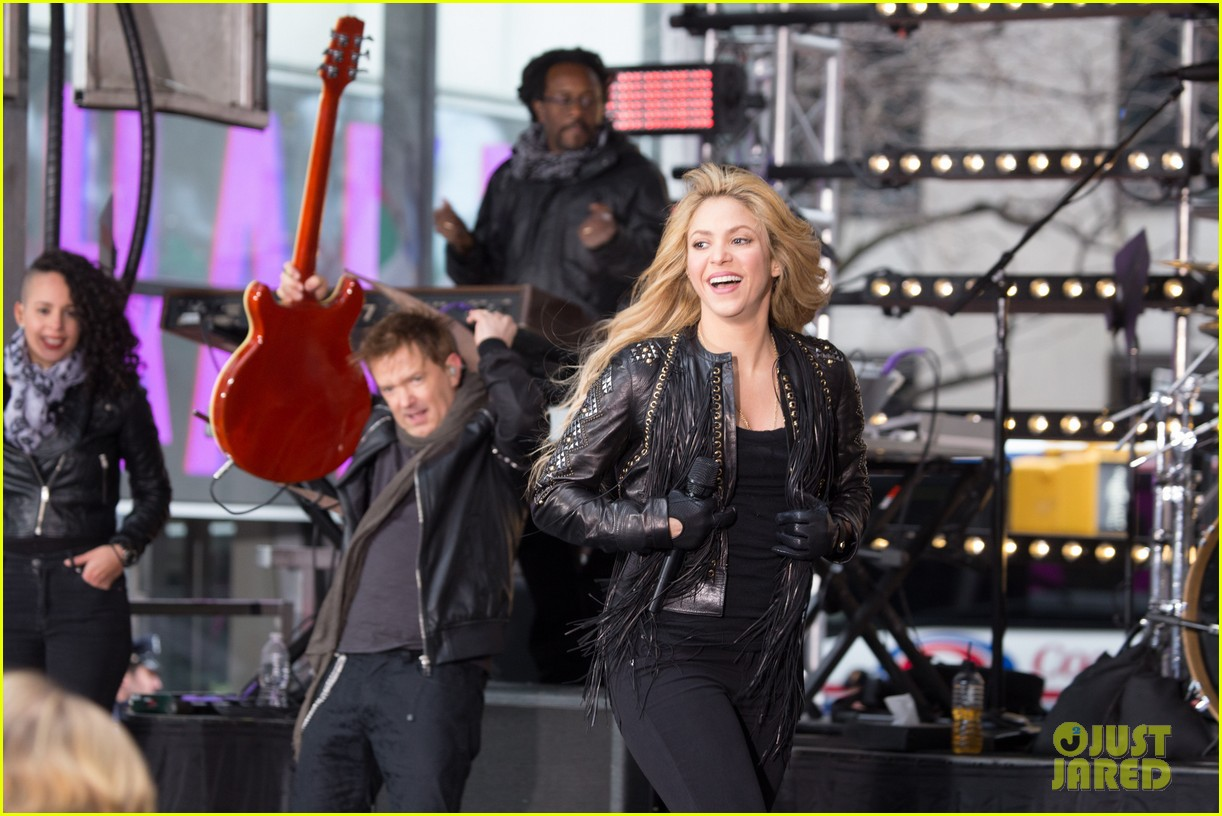 shakira brings the house down with hips dont lie empire on today show 13