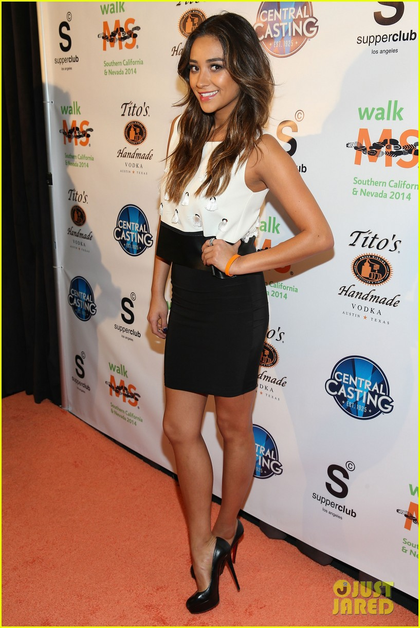 shay mitchell brings her beauty to ms walk kick off 053078295