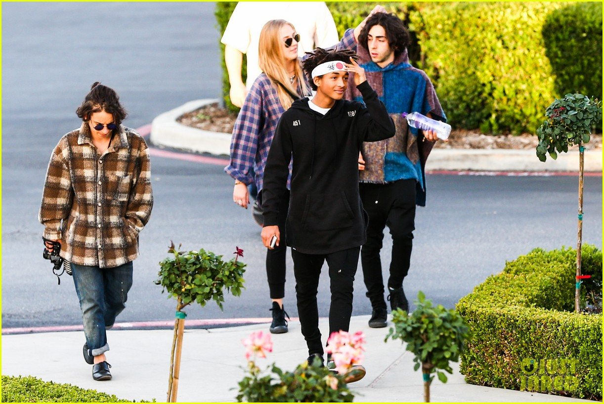 jaden smith has a staring contest with kourtney kardashians daughter penelope 183068943