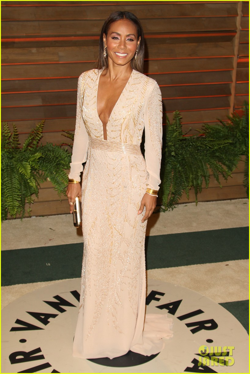 will jada pinkett smith change clothes for oscars party 2014 01