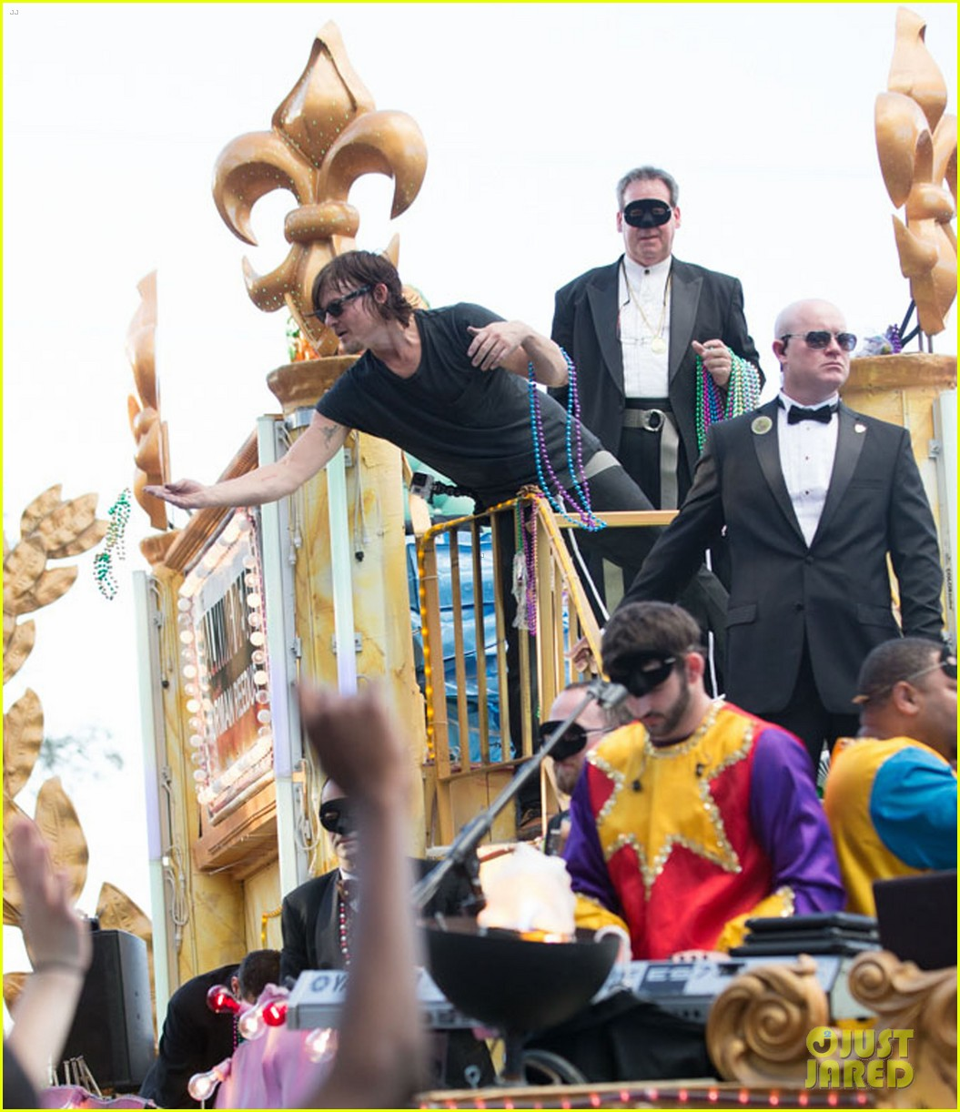 ian somerhalder norman reedus throw mardi gras beads in new orleans 253063309