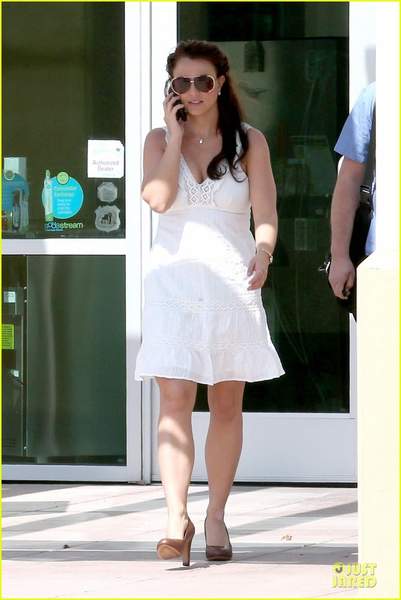 britney spears white after jamie lynn wedding 07