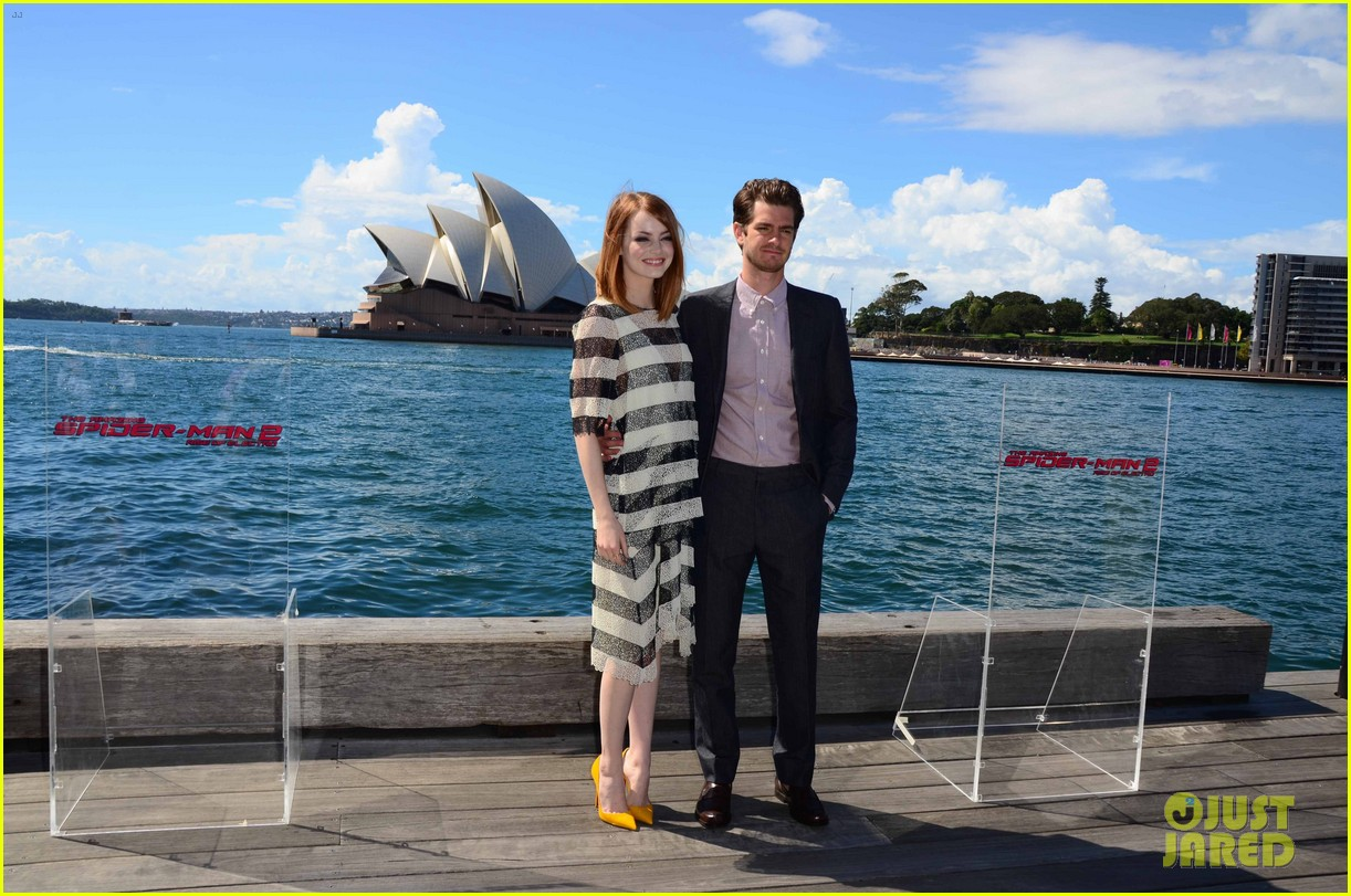 emma stone andrew garfield spider man sydney photo call 03