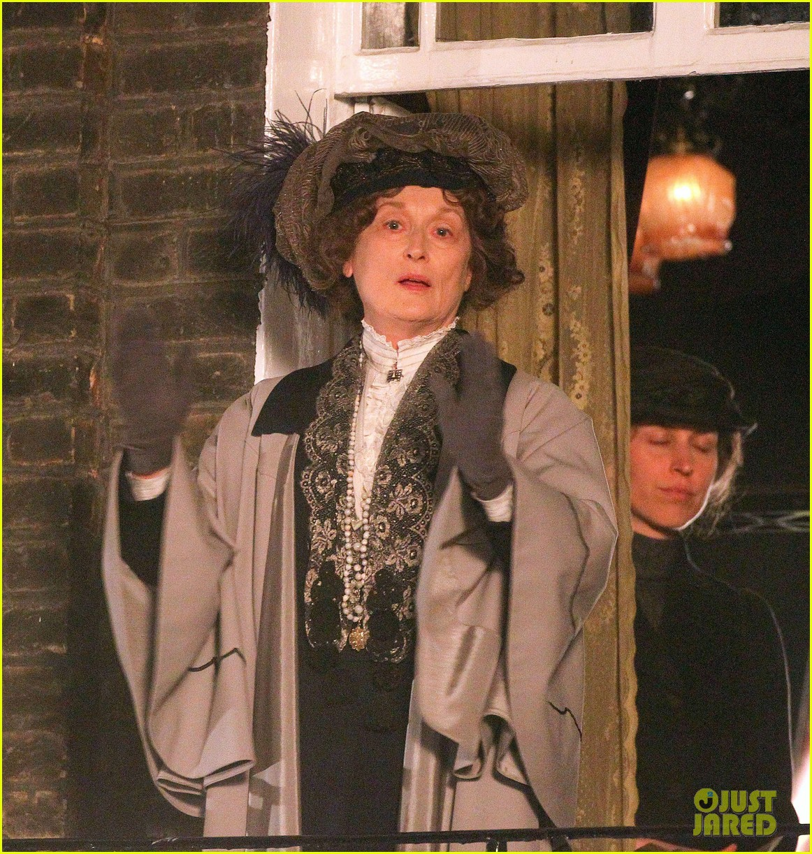meryl streep first look on set at suffragette 023078347