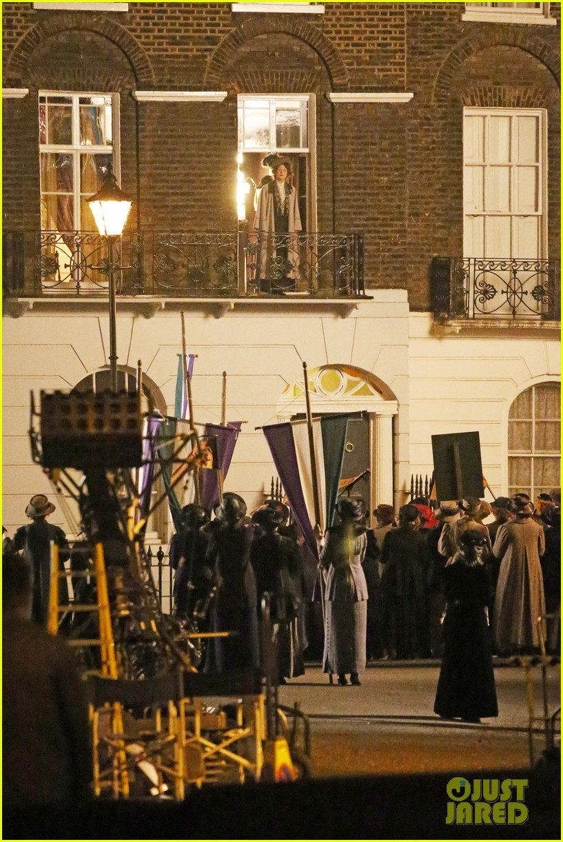 meryl streep first look on set at suffragette 09